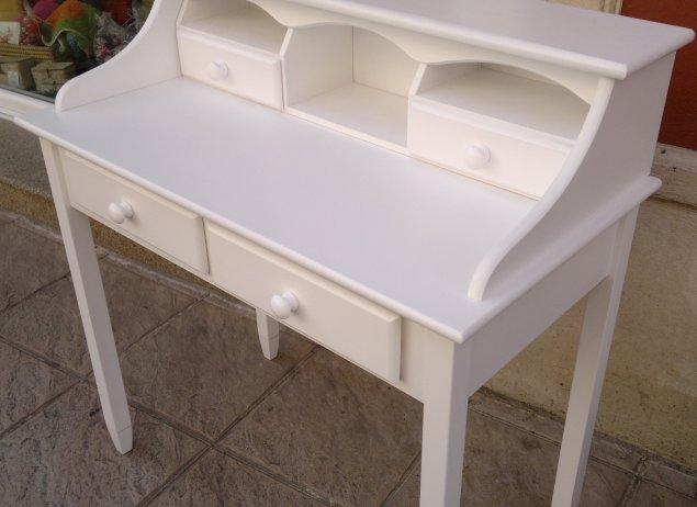 Muebles sin pintar muebles artesa for Pintar muebles barnizados