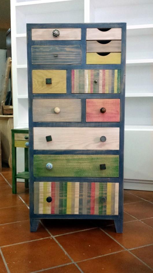 mueble cajones colores patinados envejecidos muebles artesa