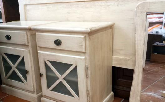 Muebles en blanco roto envejecido muebles artesa - Como pintar un mueble en blanco ...