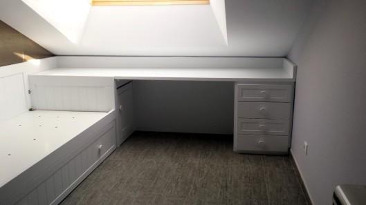 Ba l cabecero muebles artesa for Cama nido con cajones y escritorio