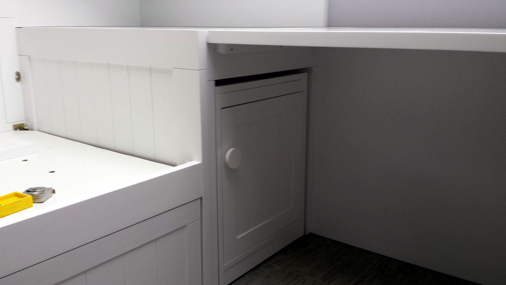 Cama nido lacada en blanco amazing alondra konver kurve - Cama nido con escritorio ...